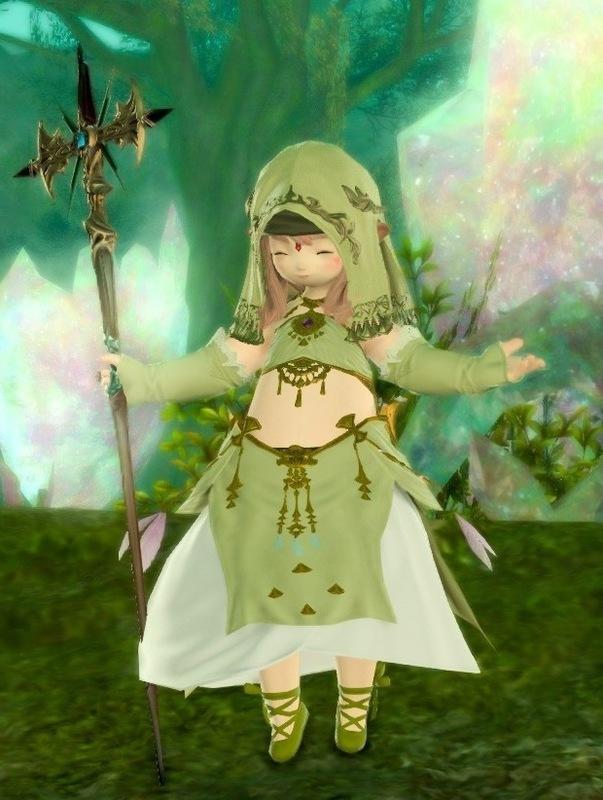 森の中の巫女さん