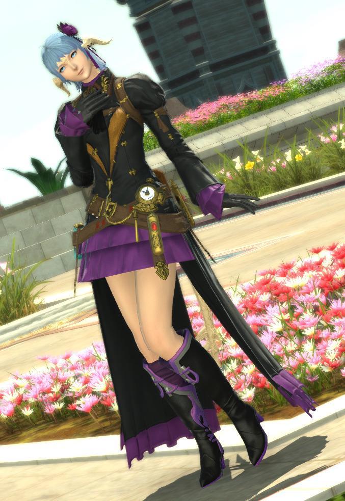 紫と黒でシックな装い