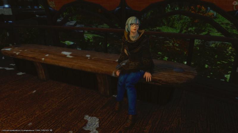 ベンチに座って待ち合わせ