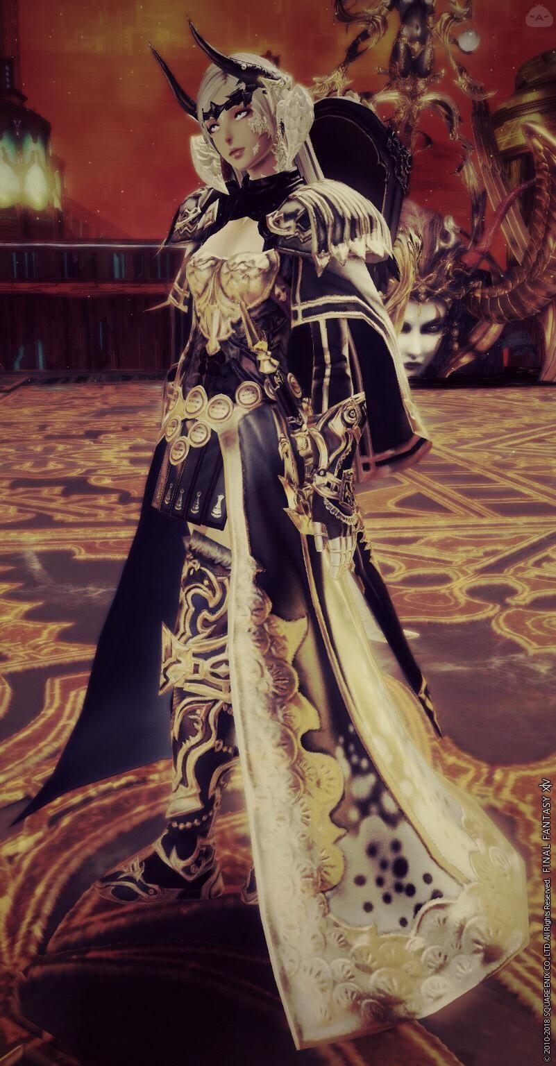 女騎士(黒×金)