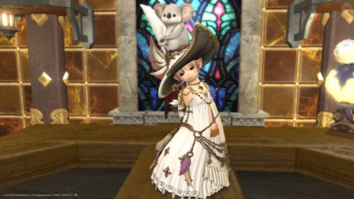白いお人形