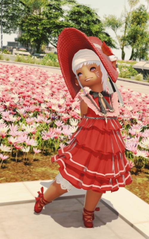 真っ赤なドレスのララドール