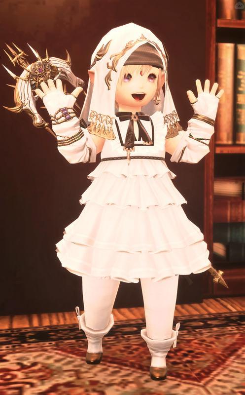 白いフードとドレスのお嬢様