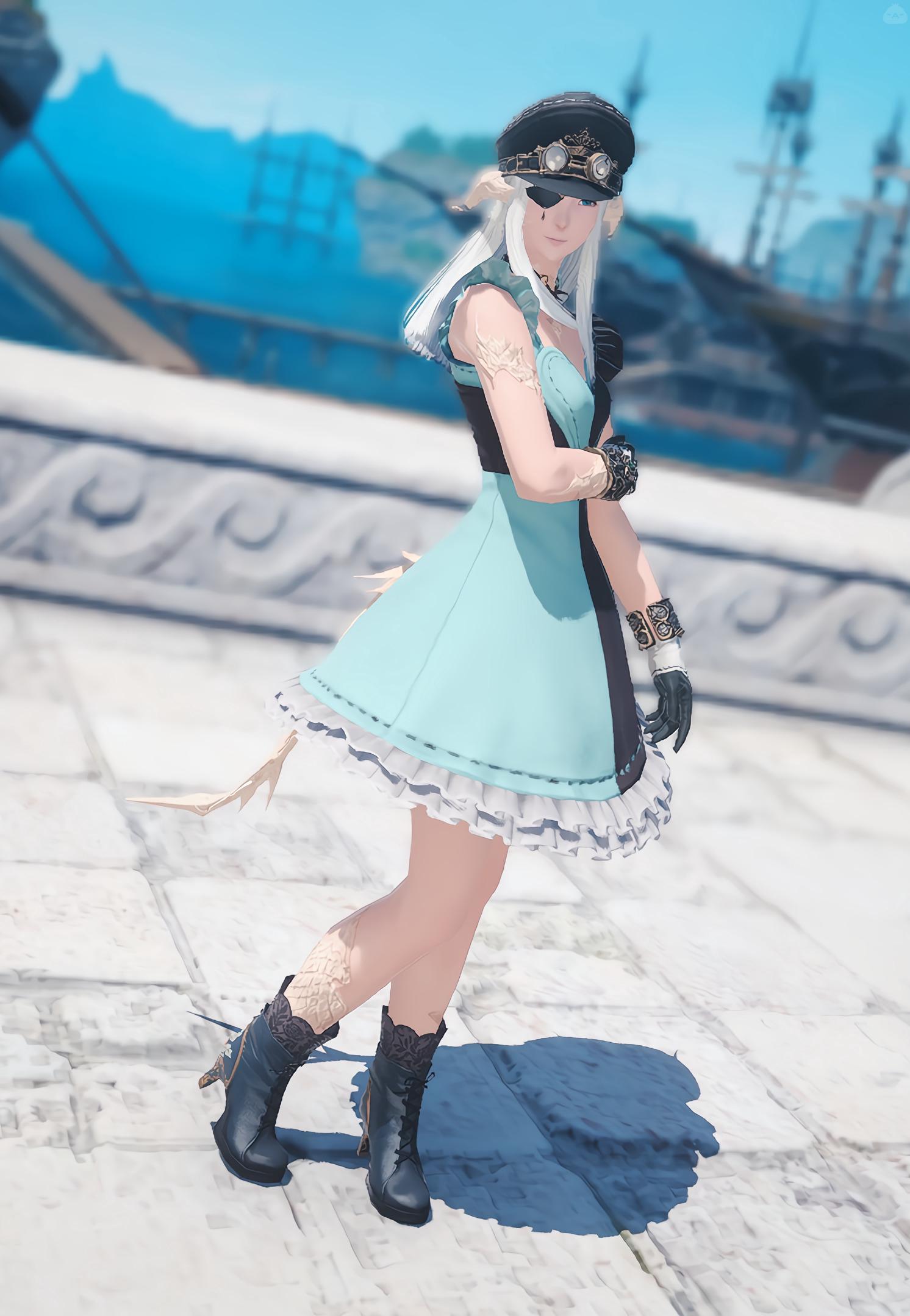 ドレス × 制帽